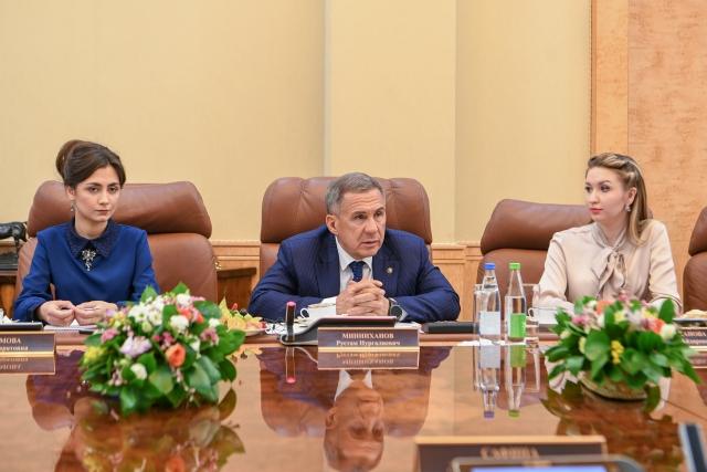 Встреча Президента Республики Татарстан Рустама Минниханова с женщинами-журналистами