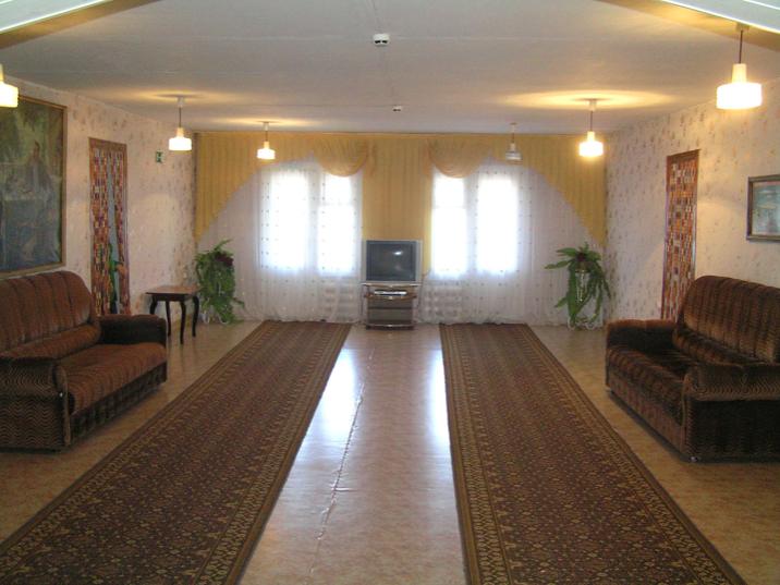 Кировский дом-интернат малой вместимости, холл