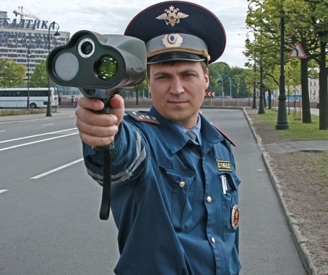 Глава ГИБДД поддержал ужесточение штрафов за превышение скорости