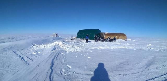 Один из дней работы многодневного ледового лагеря «Малая Арктика»