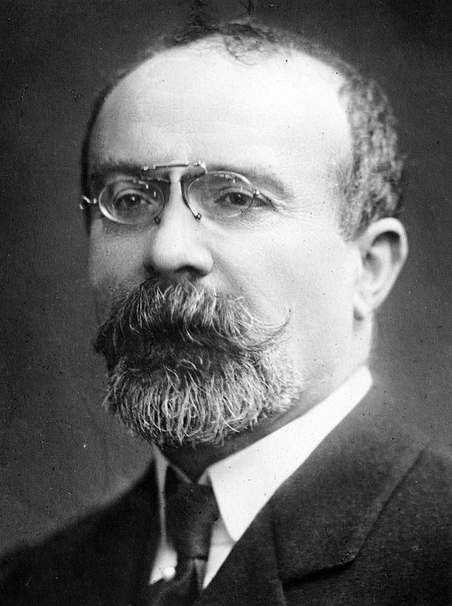 Луи Барту