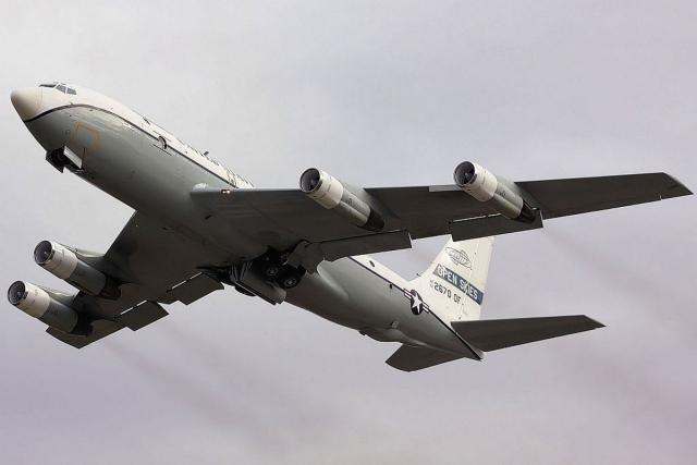Самолет-разведчик ВВС США был замечен в небе над Чукоткой