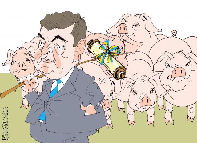 Украинские парадоксы: уличная «гора» родила… надувную свинку