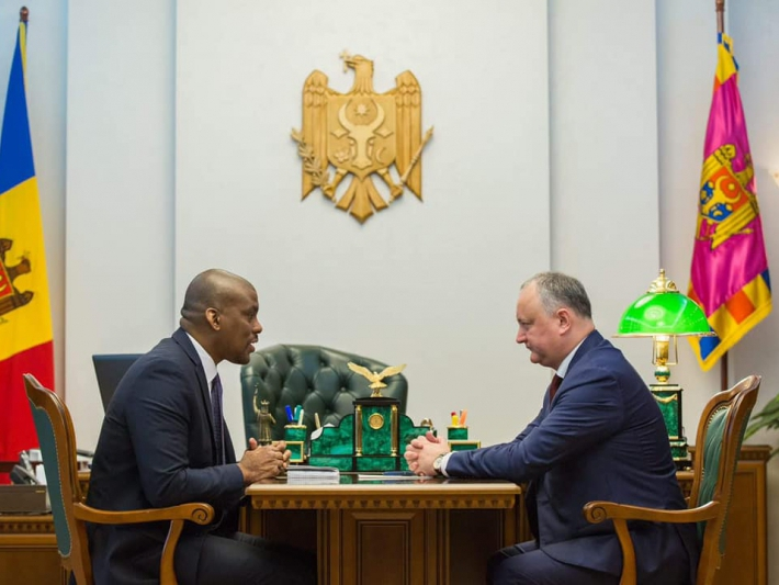 Одобрит ли посол США коалицию Плахотнюка – Додона?