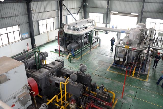 Внутри завода располагается блок ожижения российского производства