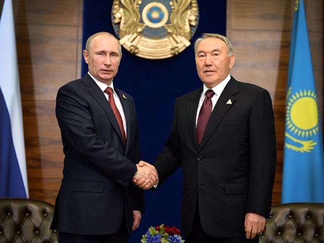 Песков: содержание разговора Путина с Назарбаевым нам неизвестно