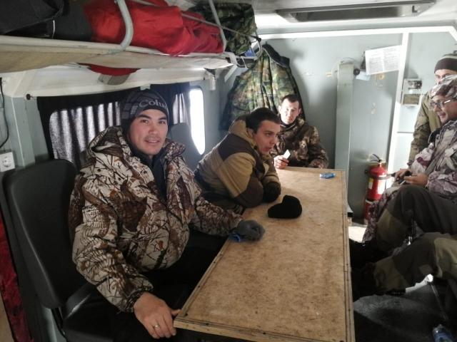 Активисты-общественники едут в очередной рейс по тайге