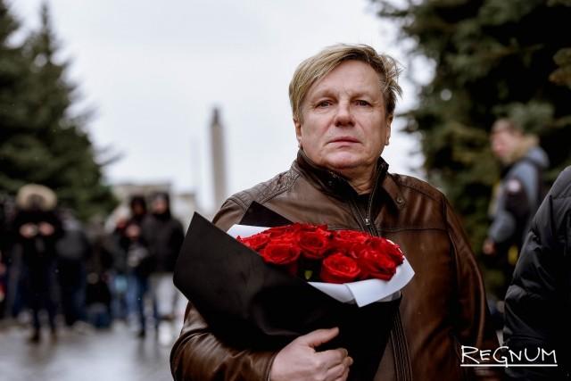 В Москве простились с певицей Юлией Началовой — фоторепортаж