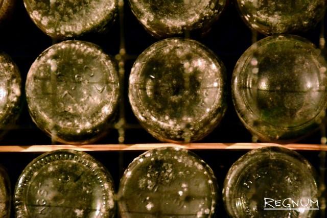 Коллекция вин в подвалах Массандры