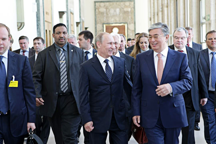 Владимир Путин и Касым-Жомарт Токаев. 2011