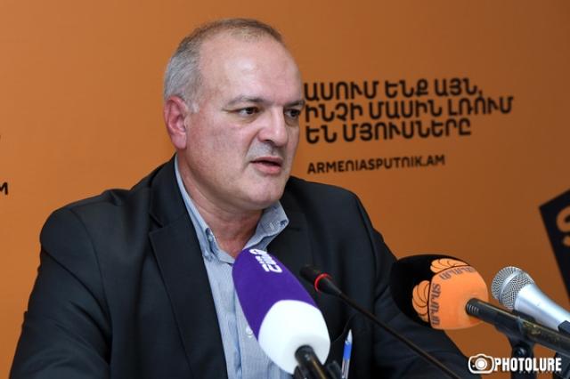 Несерьезно говорить о присоединении Карабаха к Армении на уровне провокаций
