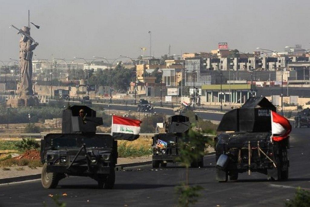 Иракская бронетехника в Киркуке