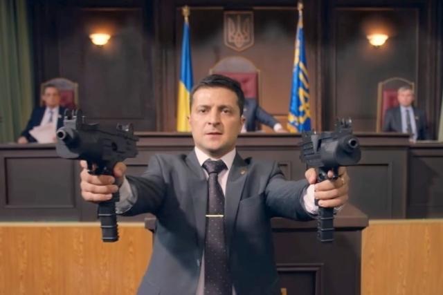 Порошенко припомнил Зеленскому фильм «Слуга народа»