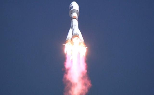 Путин обсудит с Совбезом развитие космической отрасли