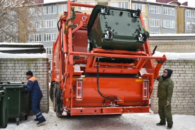 Свердловчане пока неохотно платят за вывоз мусора