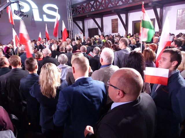 Встреча депутатов PiS в День национальной независимости. Варшава