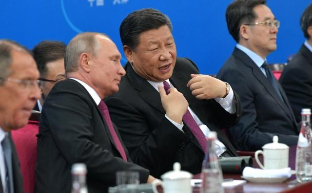 Владимир Путин и Си Цзиньпин. 10 июня 2018 года, Тяньцзинь