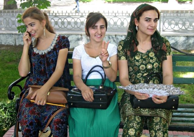 Отменять не будем – Служба связи Таджикистана о повышении цен на интернет