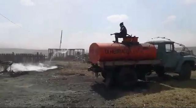 Борьба с огнём в с. Хада-Булак (Оловяннинский район Забайкалья)