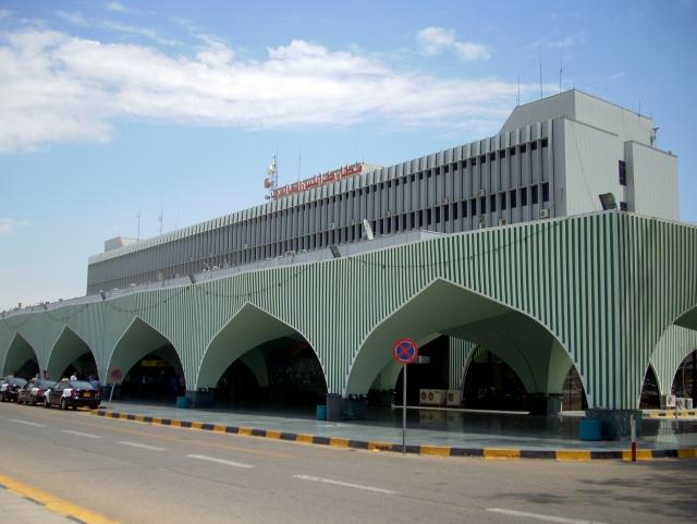 Аэропорт в Триполи закрыт из-за возможных атак