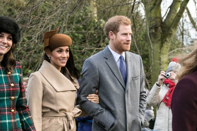 После рождения первенца принца Гарри и Меган Маркл могут отослать в Африку