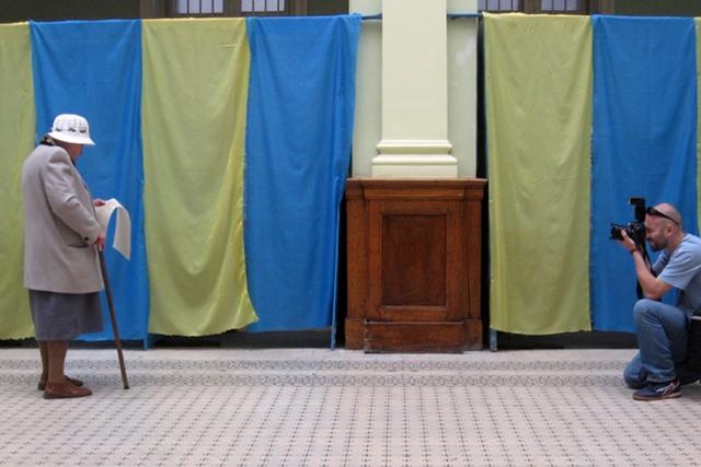МВД Украины зарегистрировало более 280 заявлений о нарушениях на выборах