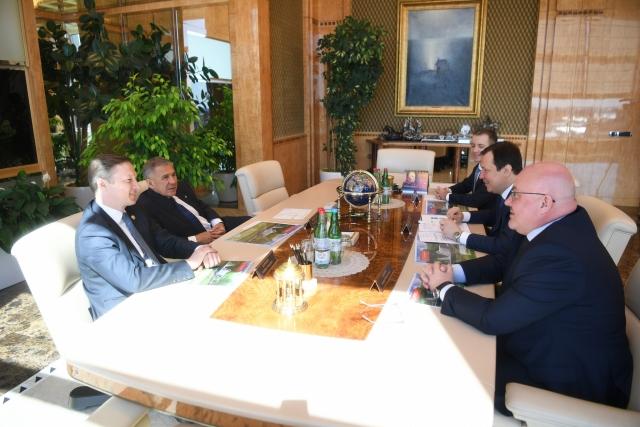 Рустам Минниханов на встрече с Н.А.Никифоровым и С.Б.Абрамовым