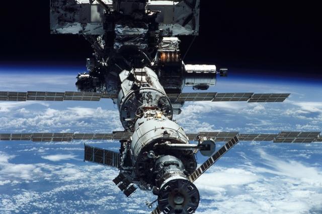 Международную космическую станцию атаковали опасные микроорганизмы