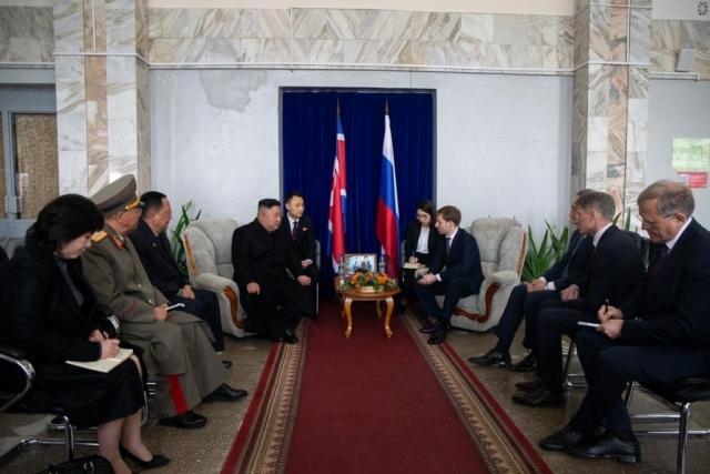 Переговоры Владимира Путина с Ким Чен Ыном продлятся четыре часа