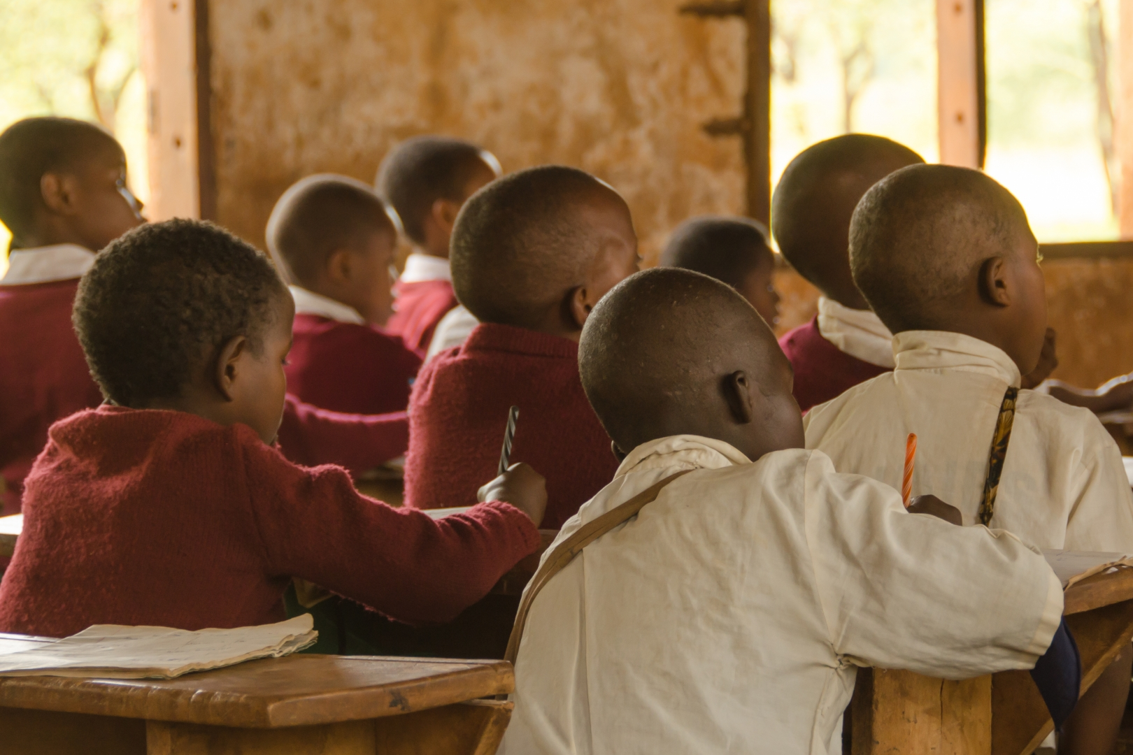 Школьники в Танзании