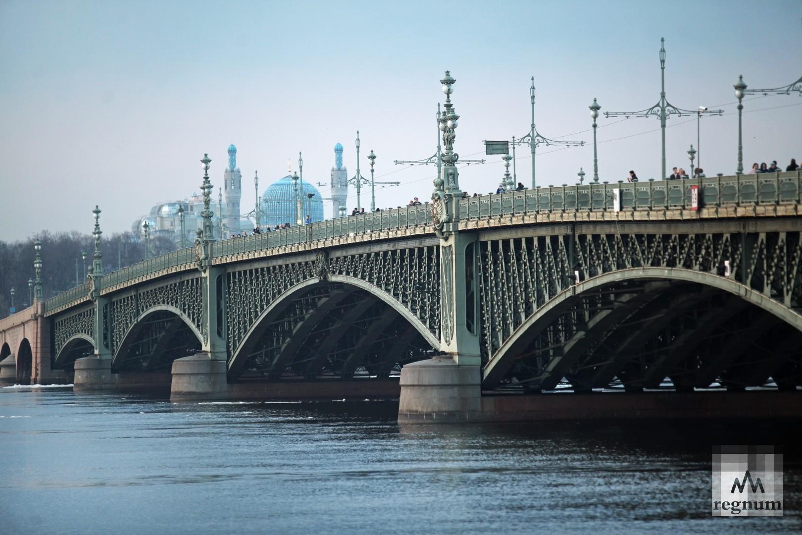 открытки мост время спб решила обратиться