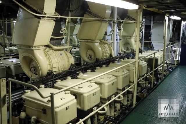 Машинное отделение на ледоколе «Капитан Сорокин»