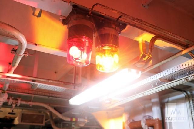 Сигнальные лампы на ледоколе