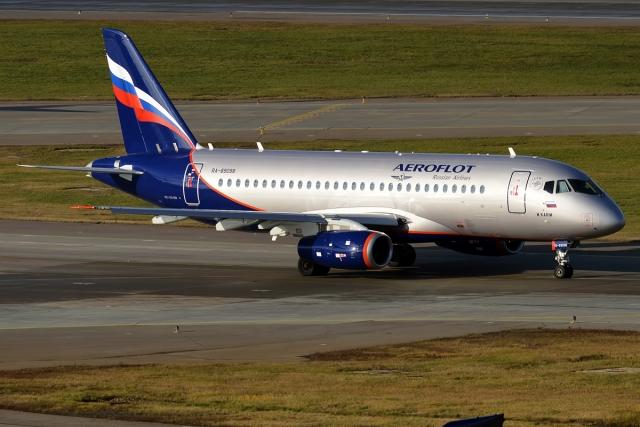 Из «Платова» в Москву из-за поломки не долетел SSJ-100  — СМИ