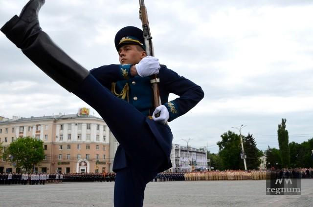 «Палантины», «Ураганы» и Т-72Б3: День Победы в Воронеже