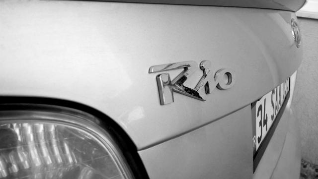Названа самая продаваемая в России машина с «автоматом»