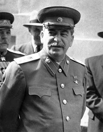 Сталин на Параде Победы. 1945