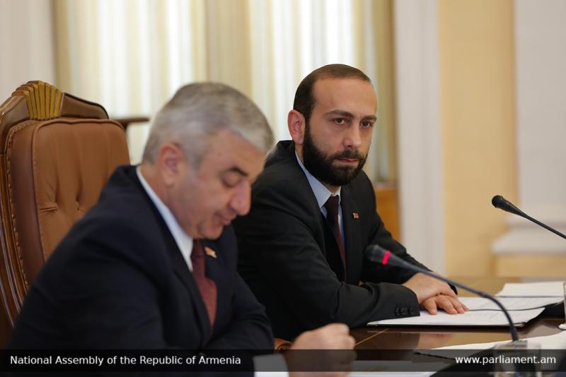 Ашот Гулян (на переднем плане) и Арарат Мирзоян