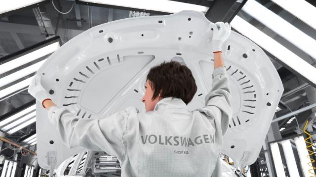 В Калуге назвали незаконными требования профсоюза МПРА к «Фольксвагену»