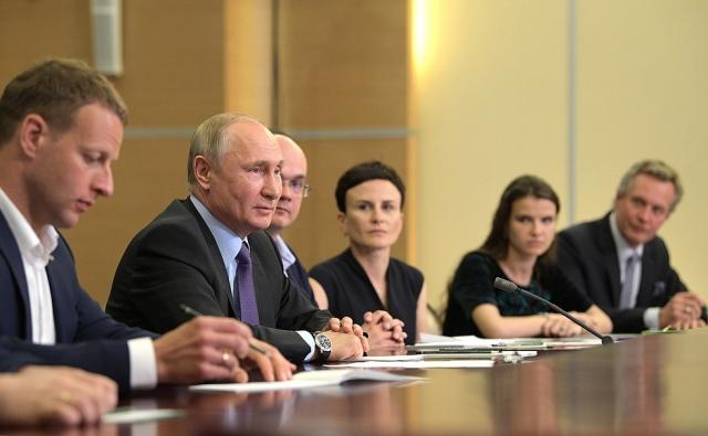 Путин: Творчество учёных в России должно быть свободно от волокиты