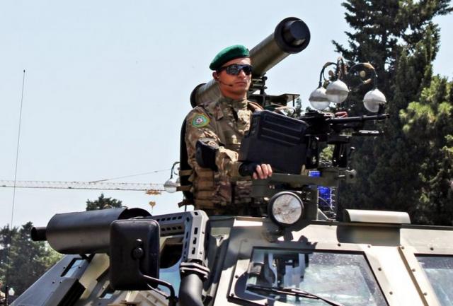 Военный парад в Баку 26 июня 2011 года