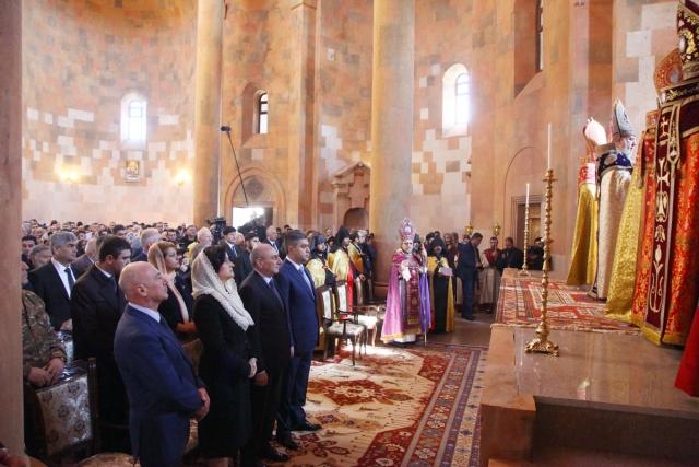 Торжественная церемония освящения Кафедрального собора Покрова Пресвятой Богородицы в Степанакерте