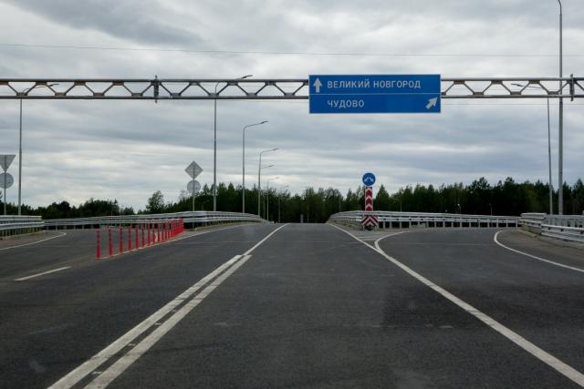 Новая автотрасса М-11 не приспособлена для оказания экстренной помощи
