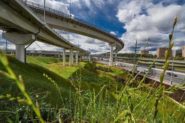 Эксперт о трассе «Россия»: современные дороги не должны иметь три полосы