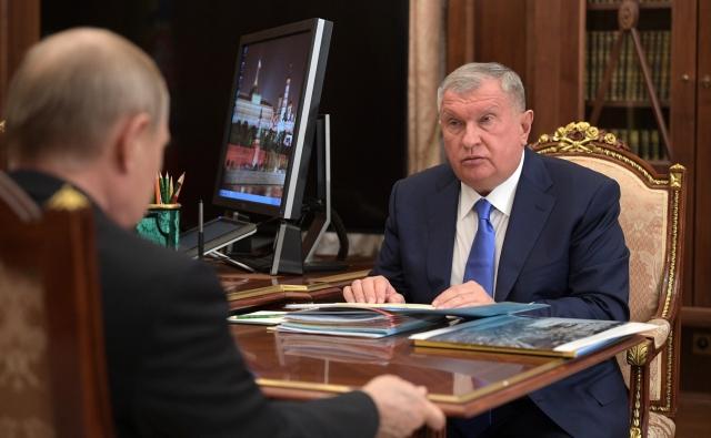 Встреча Владимира Путина с главой компании «Роснефть» Игорем Сечиным