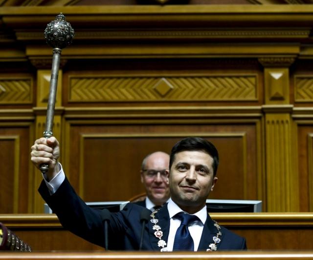 Владимир Зеленский во время присяги