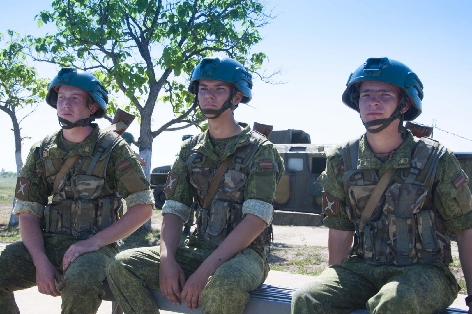 Приднестровье сократит численность силовиков на границе с Молдавией