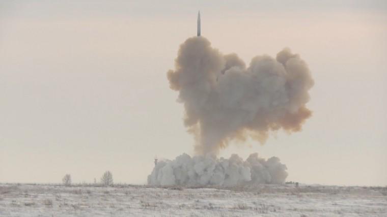 Пуск ракеты «Авангард»