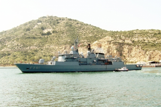 Турецкий фрегат класса «Явуз».