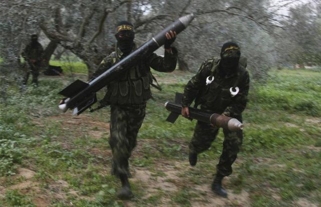 Палестинцы готовятся к ракетному обстрелу Израиля
